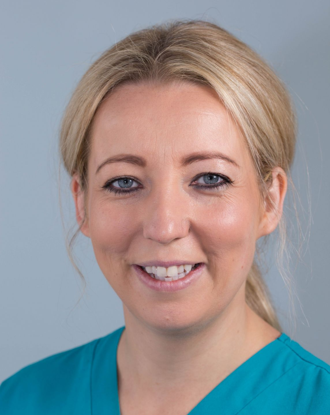 Congratulations to Sarah who has just passed her BDA Certificate in Dental Radiography!